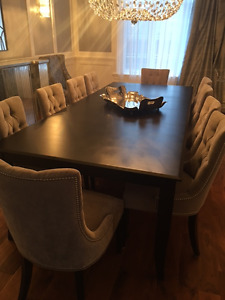 BRAND NEW DINING ROOM SET WITH 10 CHAIRS