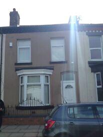 1 double room available - house near Sefton Park, all bills included