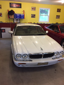 1999 Jag XJ8 for sale