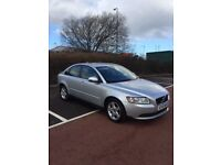 VOLVO S40 SALOON 1.6 SUPERB CONDITION OVERALL