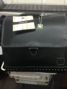 TRAVEL TOTE BAG- LEATHER & BRAND NEW