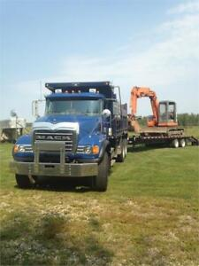 2007 T/A Mack Granite CV713 Gravel Truck