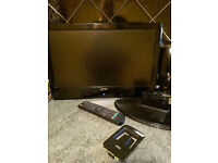 Television hdmi 18.5inch with remote and bracket