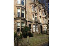 7 bedroom flat on Hillhead Street, very close to GU