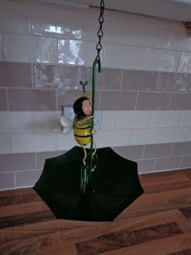bumble+bee+umbrella+bird+feeder