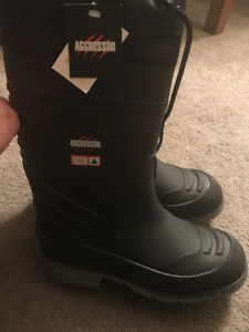 458d21844cf2a Aggressor Men s Insulated Steel Toe Steel Plate Rubber Boots 11