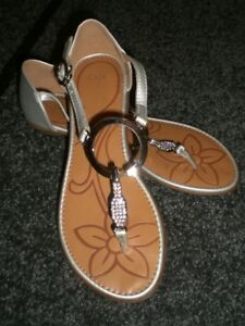New Brand Name Shoes / Sandals, Size 6.5