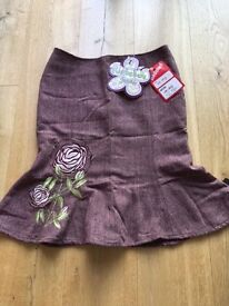 Mis-behave Size 10 Skirt
