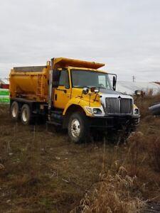 2004 International 7400 DT466 Dump Truck