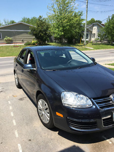 PRICE DROP 2010 Volkswagen Jetta Sedan