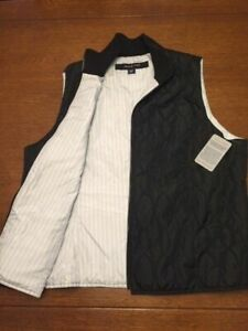 Devon Jones Women's Black Vest Size XL BNWT