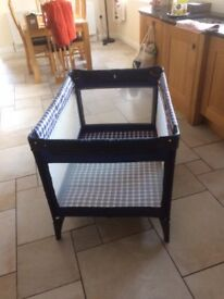 Graco travel cot in excellent condition.Rarely used