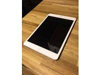 Ipad Mini 2 WI-FI/ 16 GB/Silver