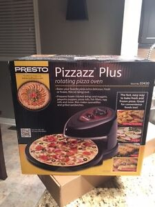 Brand New!!! Pizzazz Plus Rotating Oven