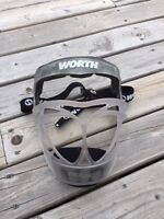 Worth Kids' Fielder's Face Guard