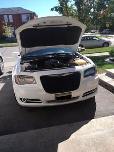 Supercharged 5.7 Hemi 2013 Chrysler 300-S. Professionally built.