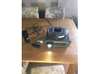Slide projector kodak s-av 2050 with remote, spare new bulb, power lead,2 lenses, great condition