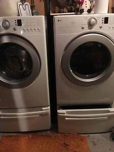 Washer & Dryer & Stands