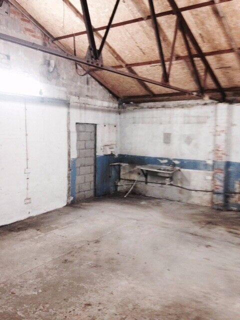 Warehouse space Cardiff 20x20ft Canton/Fairwater £420pcm