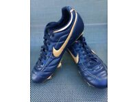 Mens Nike Studded Football Boots UK 8.5