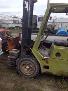Clark Forklift in working condition Prince George British Columbia image 2