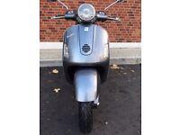 Piaggio Vespa GT 125 Scooter 125cc