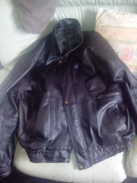 Pure leather jacket (size xl)