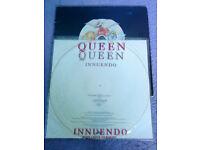 2 QUEEN Records