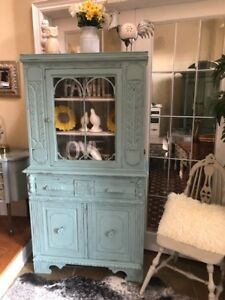 Farm Style Vintage Refinished China/Hutch