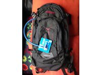 NEW - Camelback mule 3 litre - light backpack with water bladder