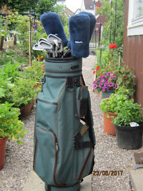 Set of Wilson LT1200 golf clubs and bag