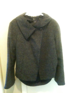 Stylish jacket from Tahari (brand new)