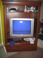 tv wall unit great condition  NEW PRICE