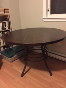 Like New Dark Wood Round Table with 4 Chairs