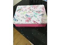 Cath Kidston Blossom Birds White Clover & Matcha Tea Hand Care Gift Set - BNWT