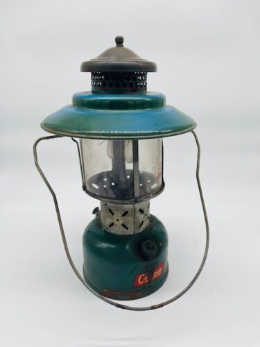Vintage 1952 Coleman Double Mantle Gas Camp Lantern Not Tested