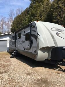 2012 Cougar High Country travel trailer