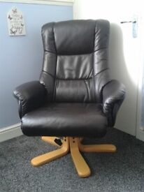 BROWN LEATHER RECLINING EXECUTIVE CHAIR GOOD CONDITION WAS EXPENSIVE NEW BARGAIN AT £60