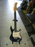 Vintage Samick, very rare guitar with $25 gig bag Logan Village Logan Area Preview