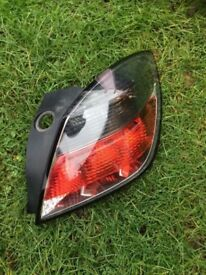 Astra h sri 58 plate 3 door drivers rear light vgc 07594145438