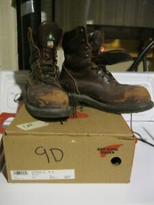 For sale red wing steel toe boots.model 3508; 110 obo