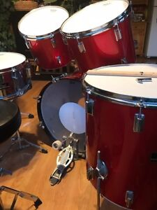 Pearl Drum set with new skins