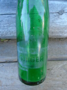 Vintage 1960's Canada Dry Ginger Ale Soda Pop ACL Bottle