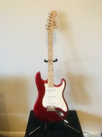 SQUIER STRAT by Fender Candy Apple Red '08
