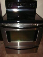 Stainless Steel fridge and stove  in excellent condition and wit Ottawa Ottawa / Gatineau Area Preview