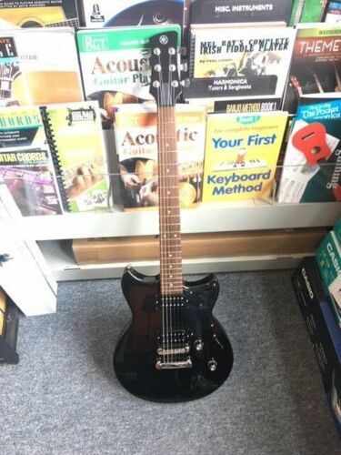 Yamaha Revstar RS320 Electric Guitar Ex Demo in Black Steel