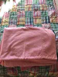 Twin Plaid reversible quilt with Pink Chambray sheet set