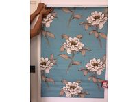 Blue Floral Pattern Blackout Roman Blinds (Barely used Superb Quality!) 87cm Width x 124cm drop