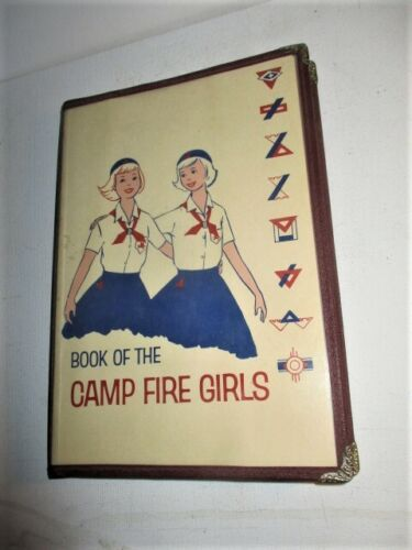 VINTAGE 19621964 CAMP FIRE GIRL HAND BOOK MANUAL NICE COPY W/BOOK COVER PROTECTO