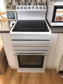 Euromaid electric oven and ceramic cooktop GG54RCW